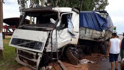Choque frontal deja un muerto y heridos en Caaguazú