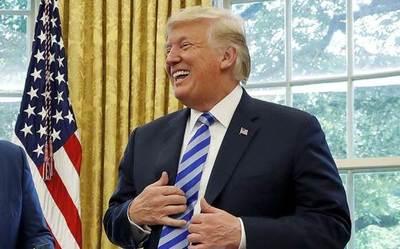"""Trump asegura que México pagará el muro con el """"nuevo"""" acuerdo comercial"""
