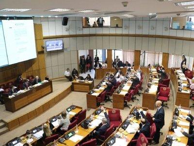 Senadores aprueba ley de atención integral a las personas con cáncer