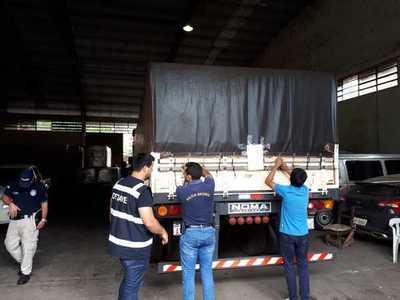 Retienen cargamento de 33 mil kilos de cemento presuntamente de contrabando