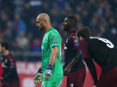 Milan quedó eliminado tras caer en Grecia ante el Olympiacos