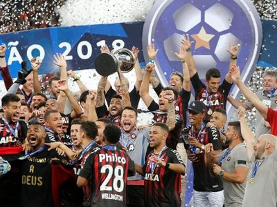 Chapecoense agradece a Paranaense por clasificarlo a la Sudamericana