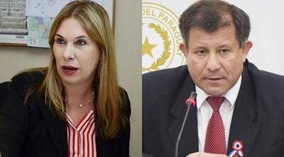 """HOY / Fiscal imputado por coacción es 'liberado' por colega: """"No representa peligro para la sociedad"""""""