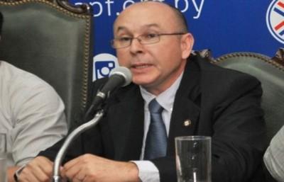 Amelio Andino renunció a su cargo de director del Departamento de Árbitros de la APF