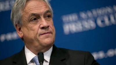 Piñera critica manejo económico de Bachelet