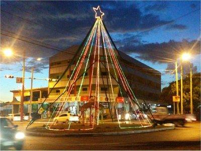 Vecinos de seis barrios se unen para crear ambiente navideño en CDE