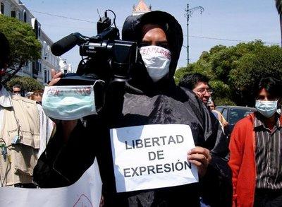 Concluye 2018 con récord de periodistas encarcelados