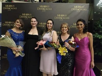 """Gala de premiación a las """"Mujeres destacadas 2018"""" del Alto Paraná"""