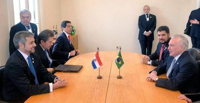 US$ 270 millones prevén para puentes con Brasil