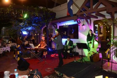 Tango y vinos, en Morena Bar