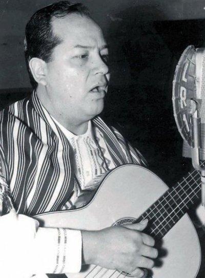 Tributo a Demetrio Ortiz, en la Manzana