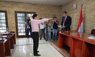 Eligen al opositor Herminio Corvalán como presidente de la Junta de CDE