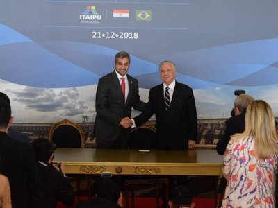 Abdo y Temer firman acuerdo para construcción de dos puentes