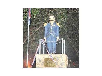 El fundador de Gral. Resquín tiene una estatua
