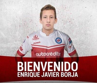 """El """"Bicho"""" compró al """"Zlatan"""" paraguayo"""