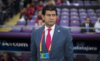 HOY / Cardozo acepta que directiva de Chivas le da otra oportunidad