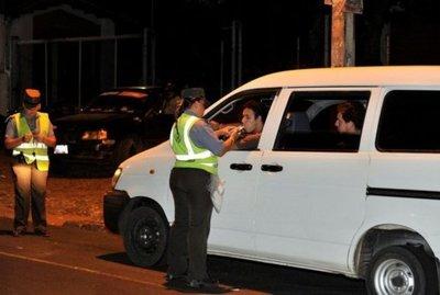 Fuertes multas a conductores ebrios