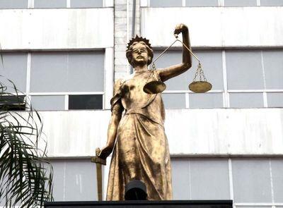 Corte Suprema suspende a juez de Salto de Guairá