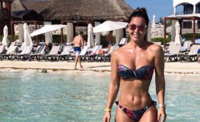 HOY / Lorena Arias recibe al 2019 derrochando sensualidad en la Riviera Maya