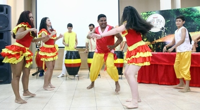 Grupo Kamba Cua se alista para su tradicional fiesta patronal