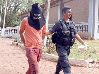 """""""Hombre"""", conocido ladrón, fue apresado frente a una comisaría"""