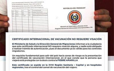 Reiteran exigencia de certificado internacional de vacunación para viajeros