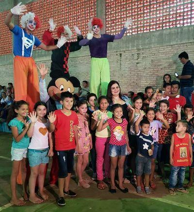 Unos 2500 niños y niñas de Ybicuí recibieron regalos