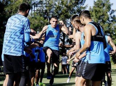 Boca Juniors le da la bienvenida a Alonso