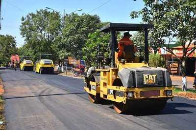 Invertirán más de G. 3.000 millones para asfalto en Naranjal y Cedrales