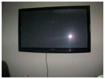 No le devolvieron el televisor y la metieron en Informconf