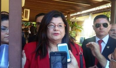 Sandra McLeod denuncia a interventora