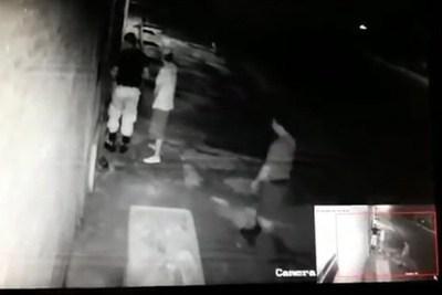 Comisario y tres agentes fueron detenidos por robar en casa de estafador