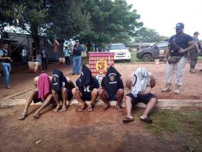 """Cinco brasileños de la """"pesada"""" son detenidos durante tempranero allanamiento en Minga"""