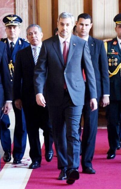 Marito recibirá a altos mandos militares en su despacho del Comando en Jefe
