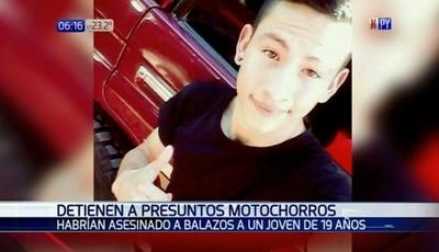 Detienen a sospechosos del asesinato de joven en San Antonio