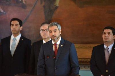 Gobierno de Abdo emplaza a personal diplomático venezolano para retirarse de Paraguay