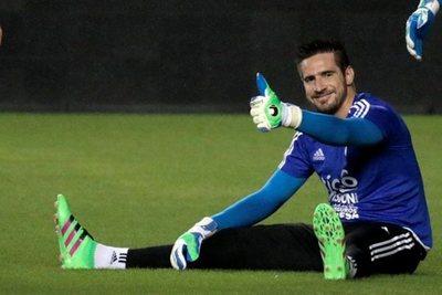 Anthony Silva firmaría contrato de dos años con Huracán