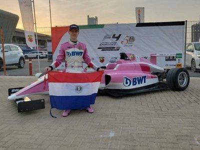Piloto paraguayo logra triunfo histórico en Dubái