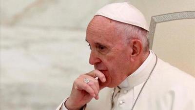 El papa defiende el estudio de la historia como reflexión sobre las guerras