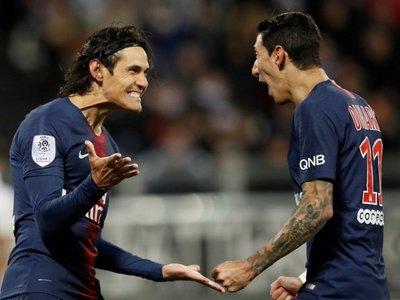 Cavani y Mbappé dirigen el triunfo del PSG sin Neymar