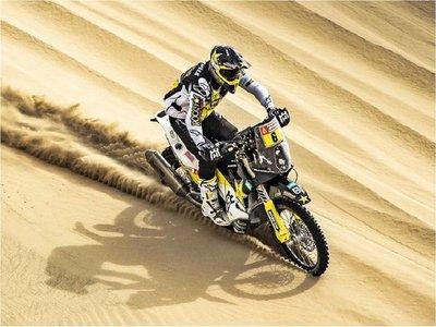 Quintanilla gana sexta etapa y vuelve a ser líder del Dakar