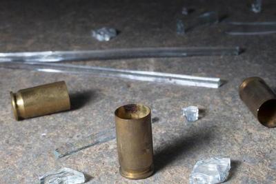 Ebrio irrumpió a tiros en un cumpleaños y dejó cuatro jóvenes heridos