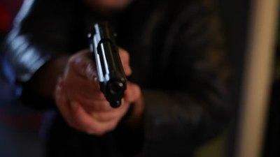 Disparan a joven en un intento de asalto