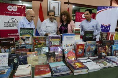 Biblioteca Municipal de Asunción amplía su acervo de libros