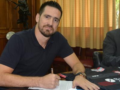 Antony Silva ya es de Huracán