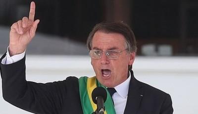 Bolsonaro firma decreto que facilita la posesión de armas de fuego