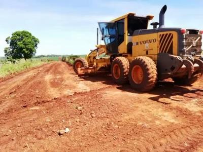 Gobernación mejora caminos en el Nordeste de Itapúa