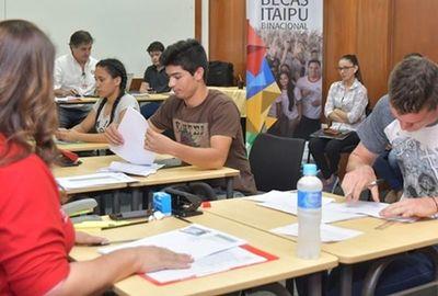 Postulantes a becas de Itaipú podrán inscribirse hasta el 21 de enero