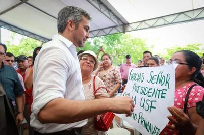 Presidente respalda independencia de poderes y alienta participación ciudadana
