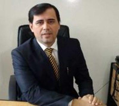 Juez Ayala Brun sigue firme en su cargo, pese a varias denuncias